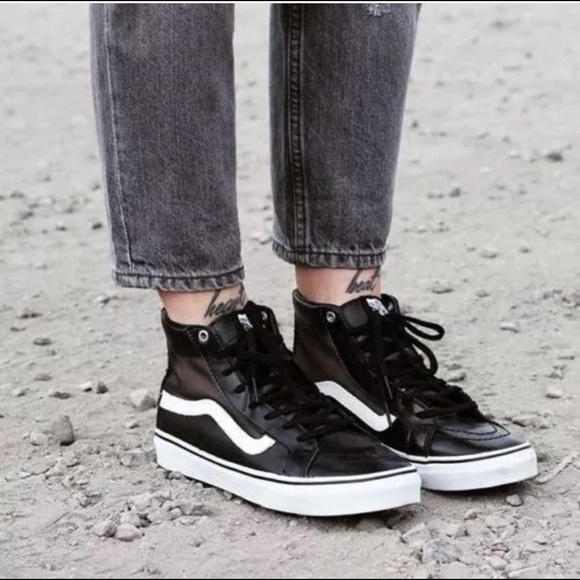 09cdcbd5f0 Vans SK8 Hi Slim Cutout- Mesh and Leather. M 5b18269ade6f621f77531dc3